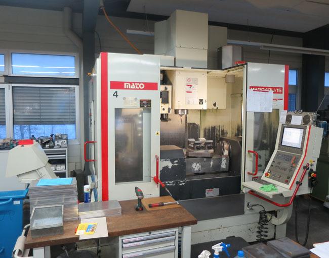 CNC universal machining centers QUASER MV-204 II U / 15