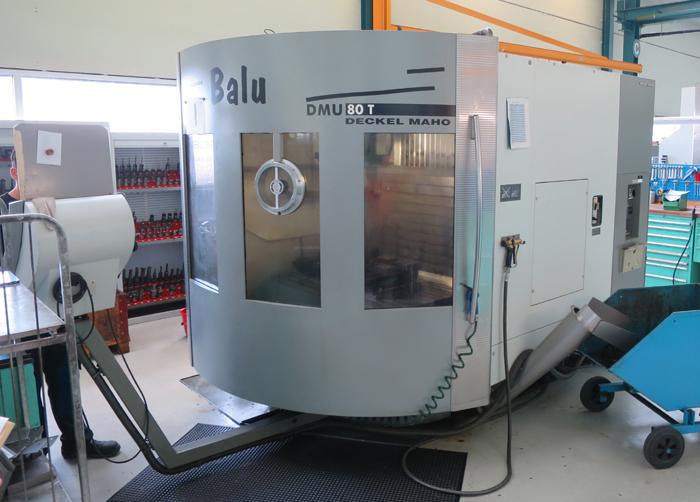 CNC universal machining centers DMG DMU 80T