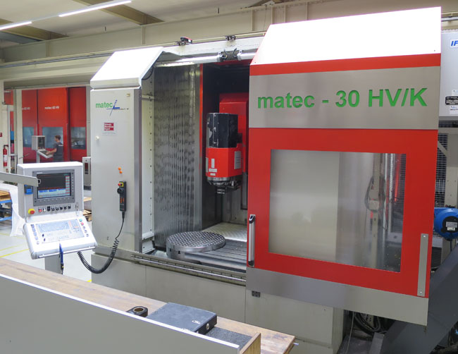 CENTRES D'USINAGE UNIVERSELS MATEC 30 HV/K/NC