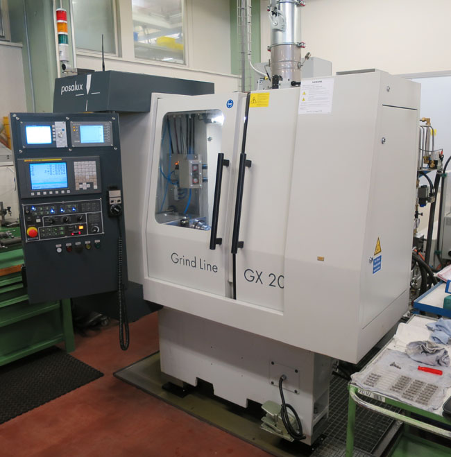 RECTIFIEUSES CYLINDRIQUES A CONTROLE CNC POSALUX GX20
